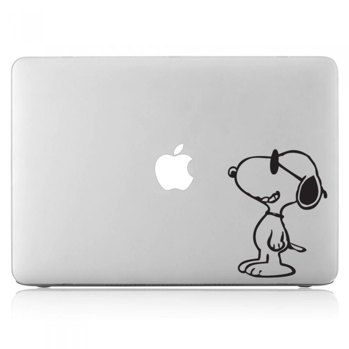 Snoopy Cartoon Laptop / Macbook Vinyl Decal Sticker (DM-0015)