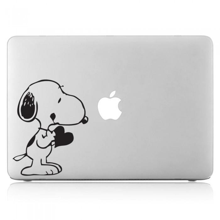 Snoopy with Heart Laptop / Macbook Vinyl Decal Sticker (DM-0047)