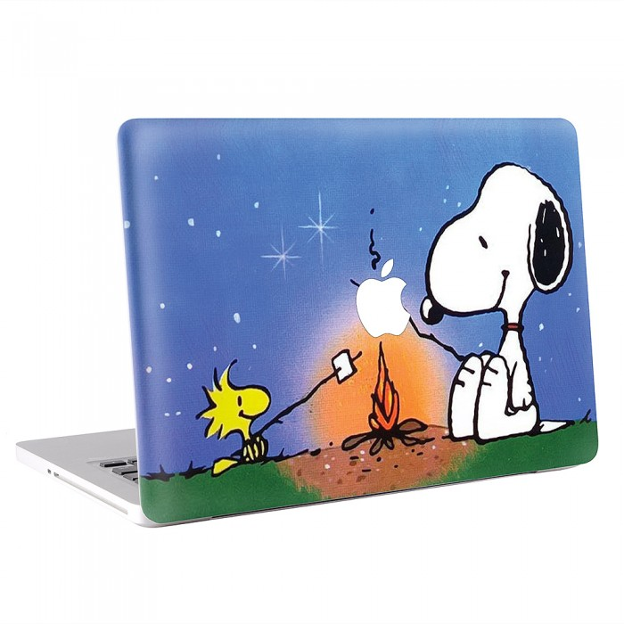 Peanus Snoopy camping MacBook Skin / Decal  (KMB-0166)